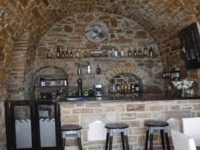 Cafe Bar Macao - Καταρράκτης - Χίος