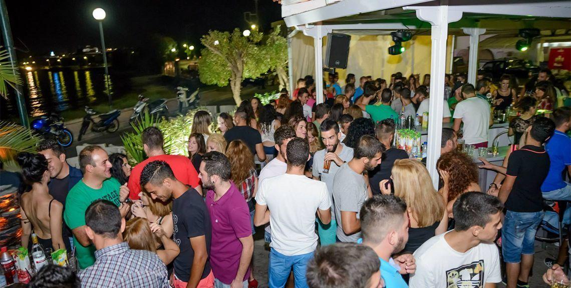 Zefyros Cafe - Καφέ μπαρ - Βροντάδος - Χίος